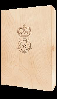 Holzkiste mit eingebranntem Wappen für 3 Flaschen